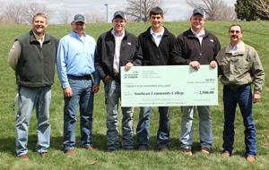 SCC receives $2,500 grant from DuPont Pioneer