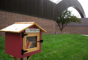 Little Free Library open for business on SCC Lincoln Campus