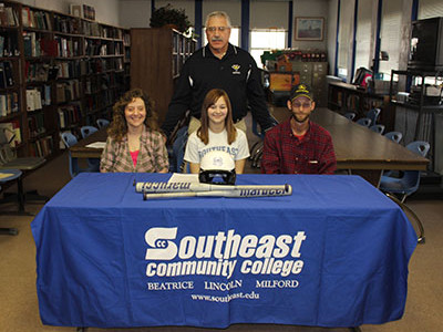 Softball Signings bring in two new faces