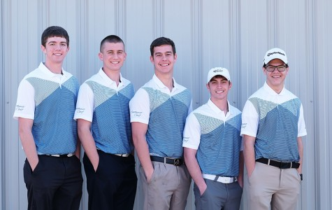 The 2014-15 SCC men's golf team, from left: Chad Manes, Clayton Peterson, Ronan Higgins, Leighton Thomas, and Lane Gascoigne.