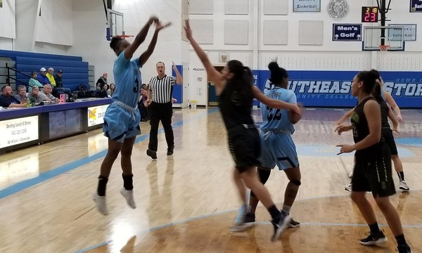 Highland Lady Scotties defeat Lady Storm 107-71 in Holiday Classic