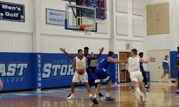 Iowa Western Reivers Defeat the Storm 80-71